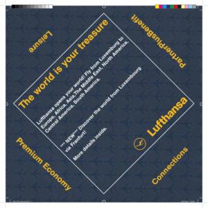 Een flyer met speciale plooi voor Lufthansa door grafisch bureau Agates te Brugge